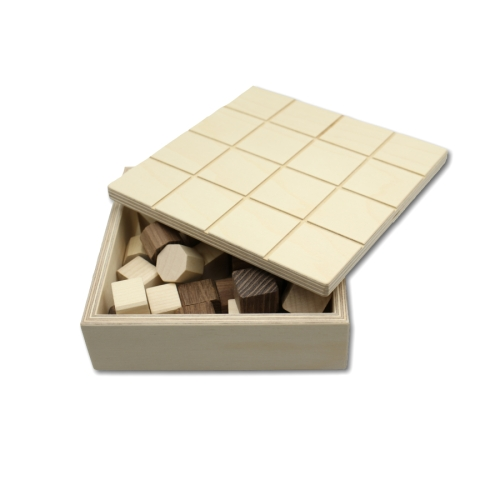 Brettspiel aus Holz - Tricki (Naturfarben)